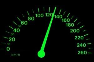 Агроничения скорости на авто могестрали